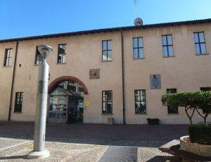 Biblioteca_Comunale_-_Palazzo_Seccoborella_01